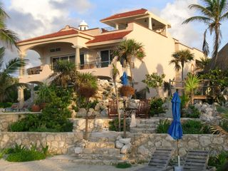 Puerto Aventuras villa photo - Large & Luxuriously Casual
