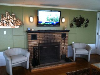 Bonnet Shores house photo - Living Room with Original Brick Fireplace
