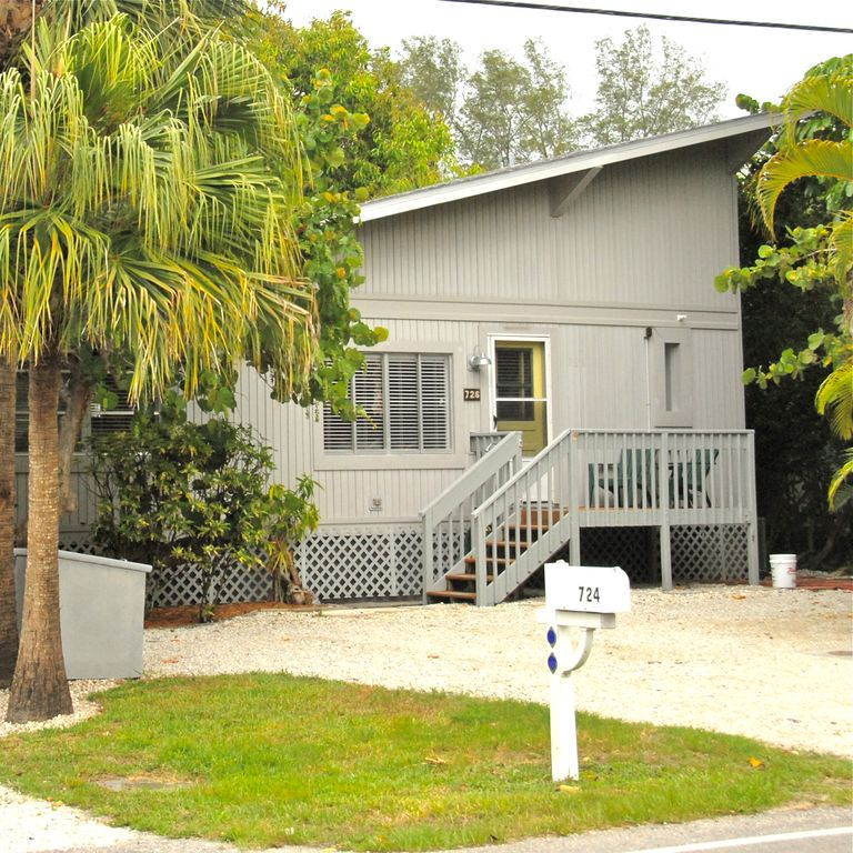 Old Greenwich Beach Cottage: Our Classic Old Florida Beach Cottage