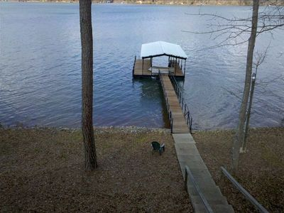 15 steps to the dock, and big water views!