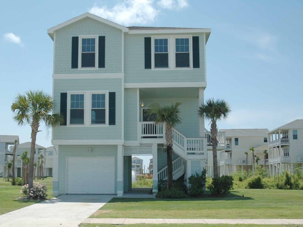 The 39 halloran house 39 4 bedrooms 4 full baths for 9 bedroom beach house rental