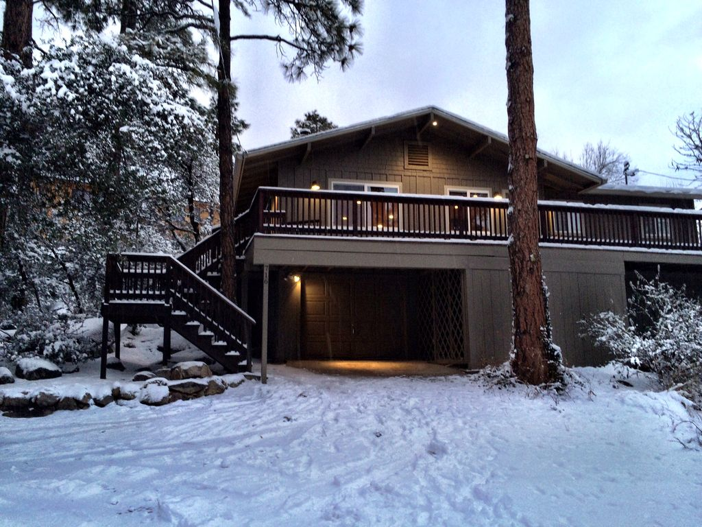 Remodeled Cabin In The Woods Just Minutes Vrbo