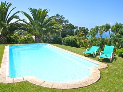 Villa with a stunning view over the Atlantic, beautiful garden, pool and bbq