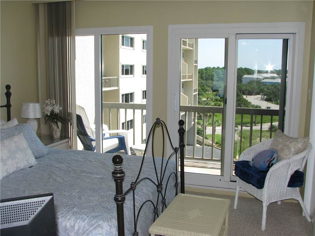 Pinnacle Port Vacation Rentals A Tower 2 Bdr Vrbo