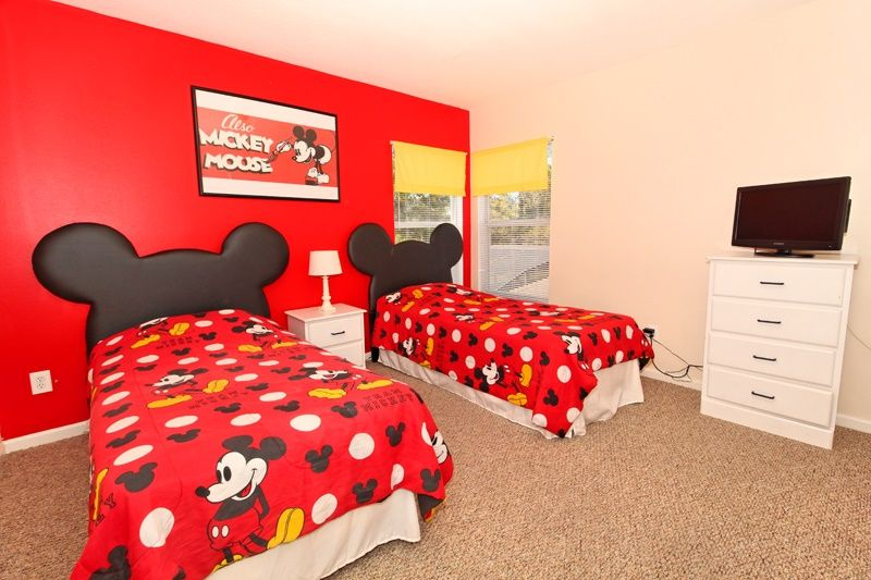 mickey mouse twin bed 2