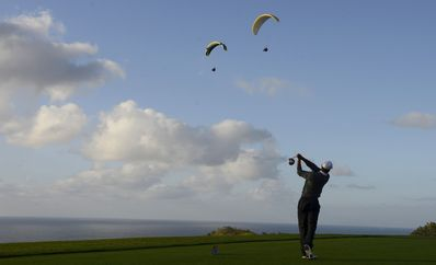 Torrey Pines Golf course is just a 5 min drive away from Truel's Cottage.