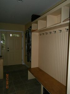 entryway/mudroom