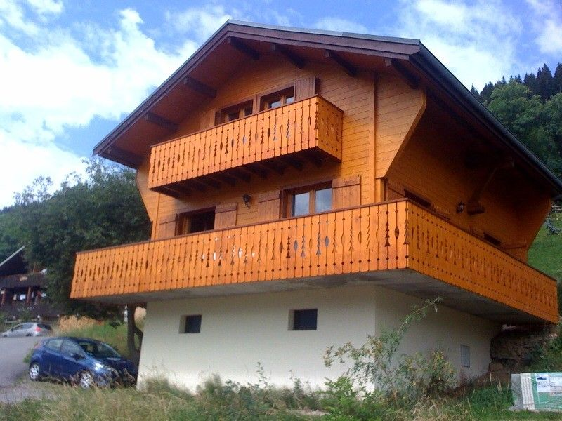 Chalet in montagna per 10 persone a ch tel 865780 for Piani chalet sci