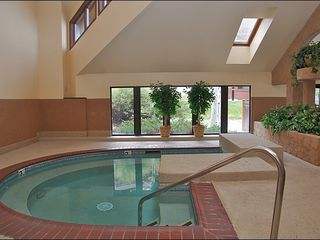 Steamboat Springs condo photo - Large Indoor Hot Tub
