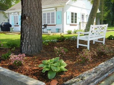 Williamsburg cottage rental - Beachside garden and cottage