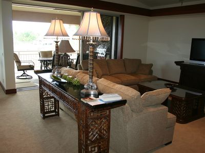Large, well furnished family room