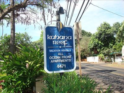 Kahana Reef - Vacation Rental Condominiums - E Komo Mai!