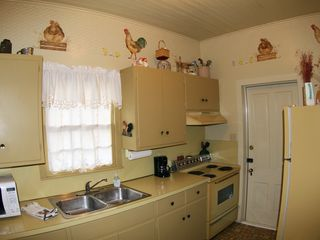 Fredericksburg house photo - Gasthaus - Kitchen