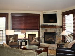 Frisco condo photo - Living Room with Flat Screen TV and Fireplace