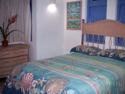 Hastings villa rental - The roomy second bedroom with its own full private bathroom