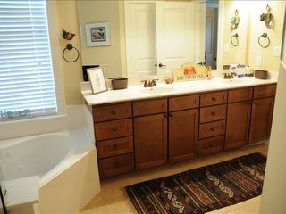Galveston cottage photo - Large master bath including shower and jet tub and nice large master closet.