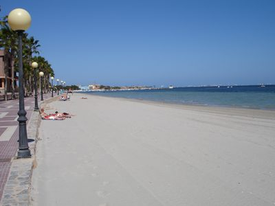 Los Alcazares beach (15 minutes by car)
