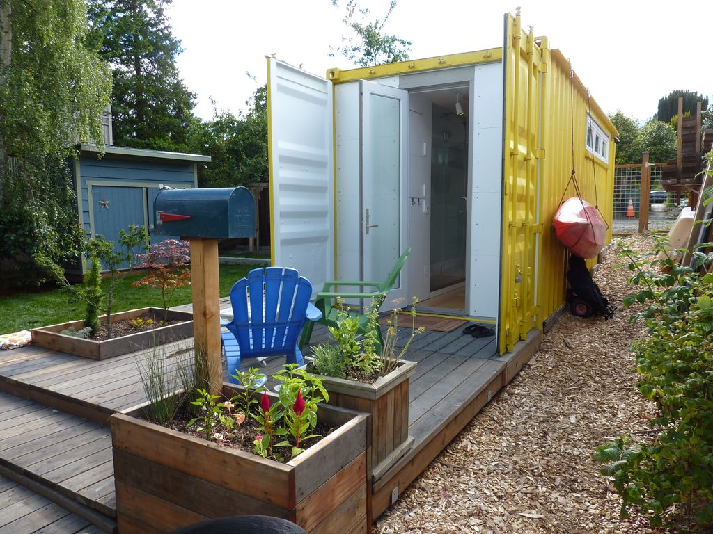 Shipping Crate Home Shipping Container Guest House Vacation Studio For Rent In