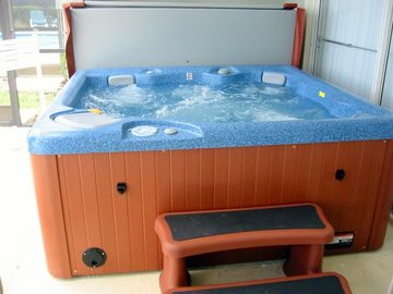 Luxurious Rejuvenating Hot Tub