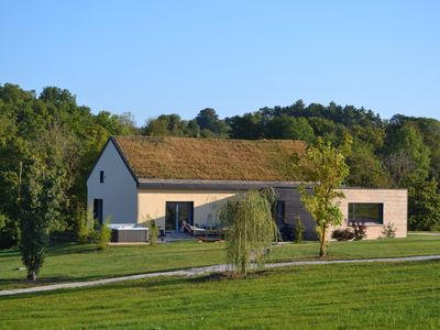 Innovation straw ground in Burgundy unique in France: true well-being