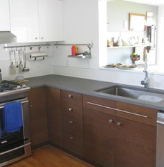 Scarborough and Pine Point house photo - Kitchen with new appliances and beautiful stone counters