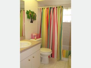 Rotonda house photo - Convenient Guest bathroom