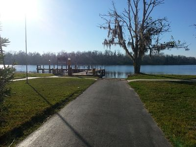 Homosassa cabin rental - Road to boat ramp