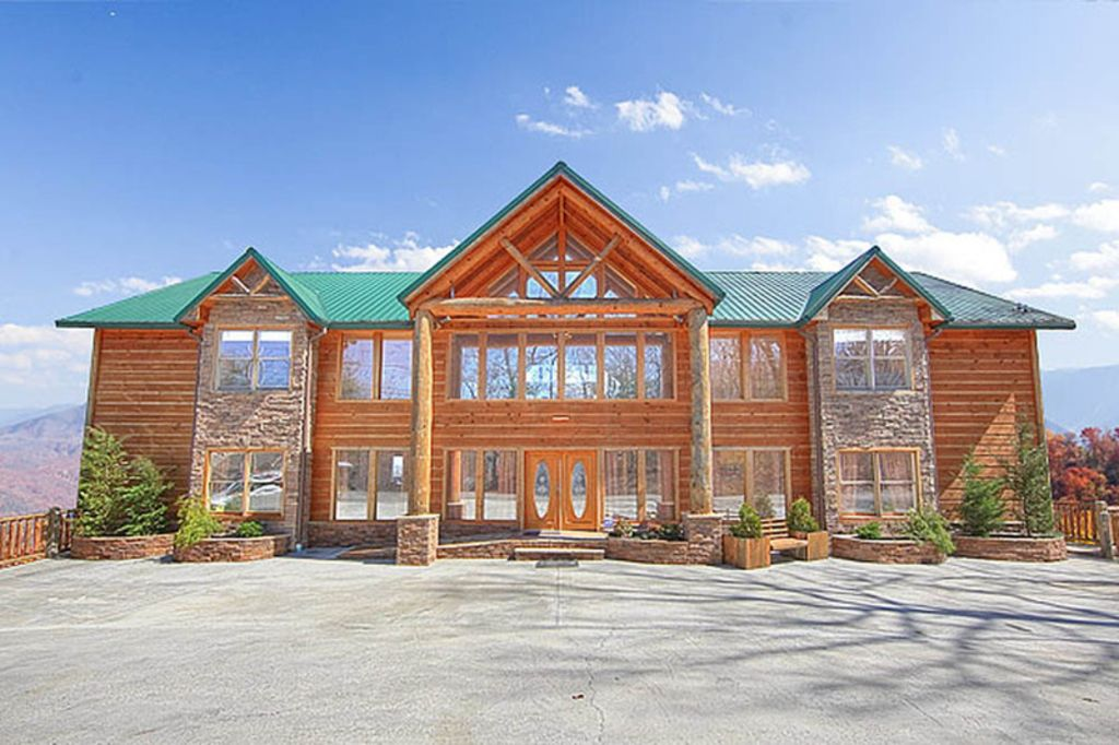 Mansion in the sky amazing views home homeaway gatlinburg - Gatlinburg 3 bedroom condo rentals ...