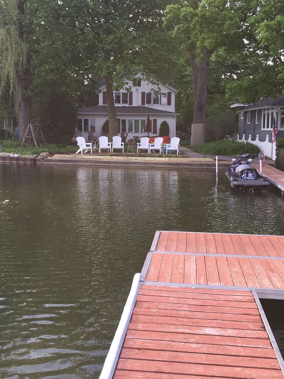Beautiful Lakefront Home on Lake Elizabeth: 10% of net profit donated to charity