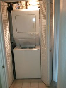 maytag washer/dryer in common for everyone to use