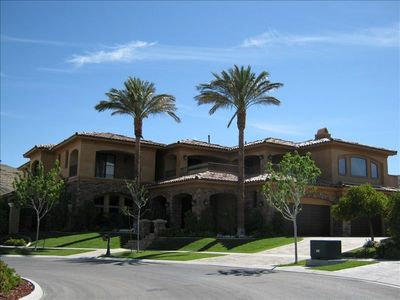 Las Vegas estate rental - Front of Estate