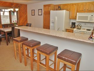 Steamboat Springs condo photo - Breakfast Bar for 4