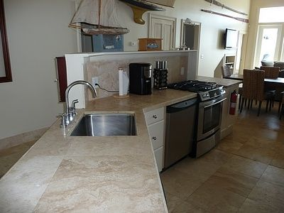 Folly Beach house rental - Kitchen