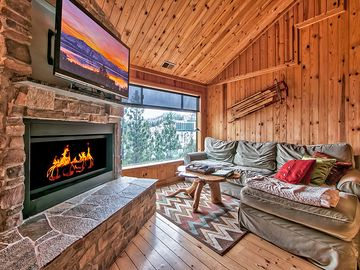 Heavenly Valley condo rental - The Living area with cozy gas fire place and oversized television
