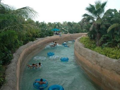 Nassau & Paradise Island condo rental - Lazy River at Atlantis admission included
