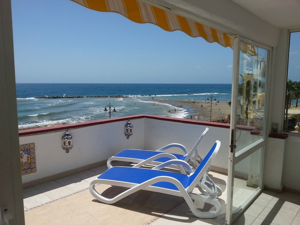 First Line Beach Front Apartment With Free Wi Fi Uk Tv Air Conditioning