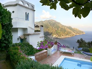 Ravello villa photo - view