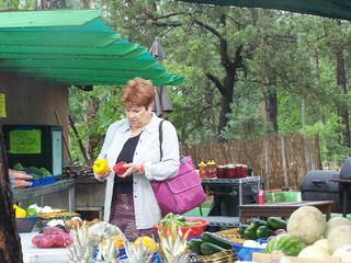 Payson cabin photo - Local fruit stands - ( My mom not included:)
