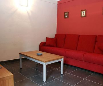 Gotico II - Ramblas Fully-equipped One Bedrooms Sleeps 4 ppl