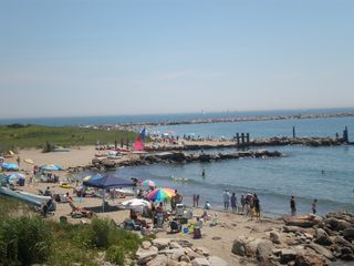 The beach on a 95 degree day - Narragansett cottage vacation rental photo