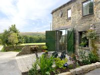 PEAK VIEW, family friendly, with pool in Hollow Meadows, Ref 2262