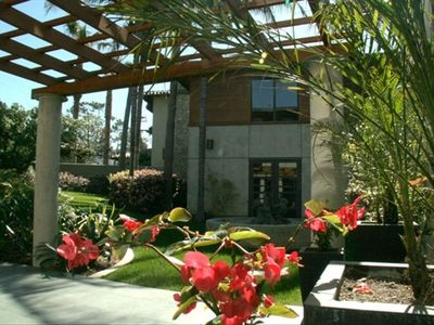 La Jolla house rental - Dramatic and Unique Architecture is visually stimulating