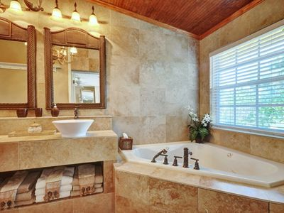 Delray Beach house rental - Master bathroom.