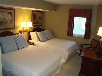 South Wind condo rental - Second bedroom with 2 queen size beds