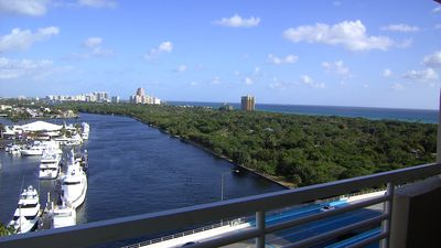 Stunning 12th floor views over the intracoastal and ocean.