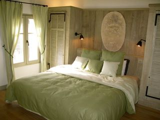 Large bedroom - Gordes farmhouse vacation rental photo