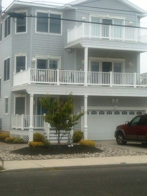 Beautiful 5 br 4 ba beach home w pool 150 yards to for Beach house elevations