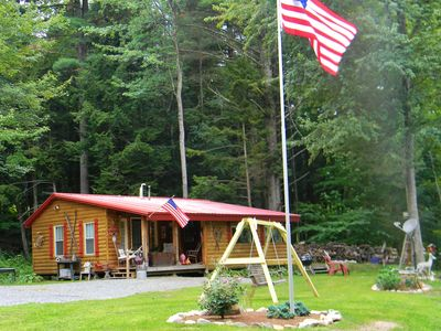 Relax and rejuvenate at this peaceful, inviting cabin on the Sacandaga River!