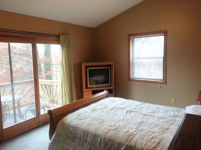 Albrightsville chalet rental - second floor bedroom left with balcony