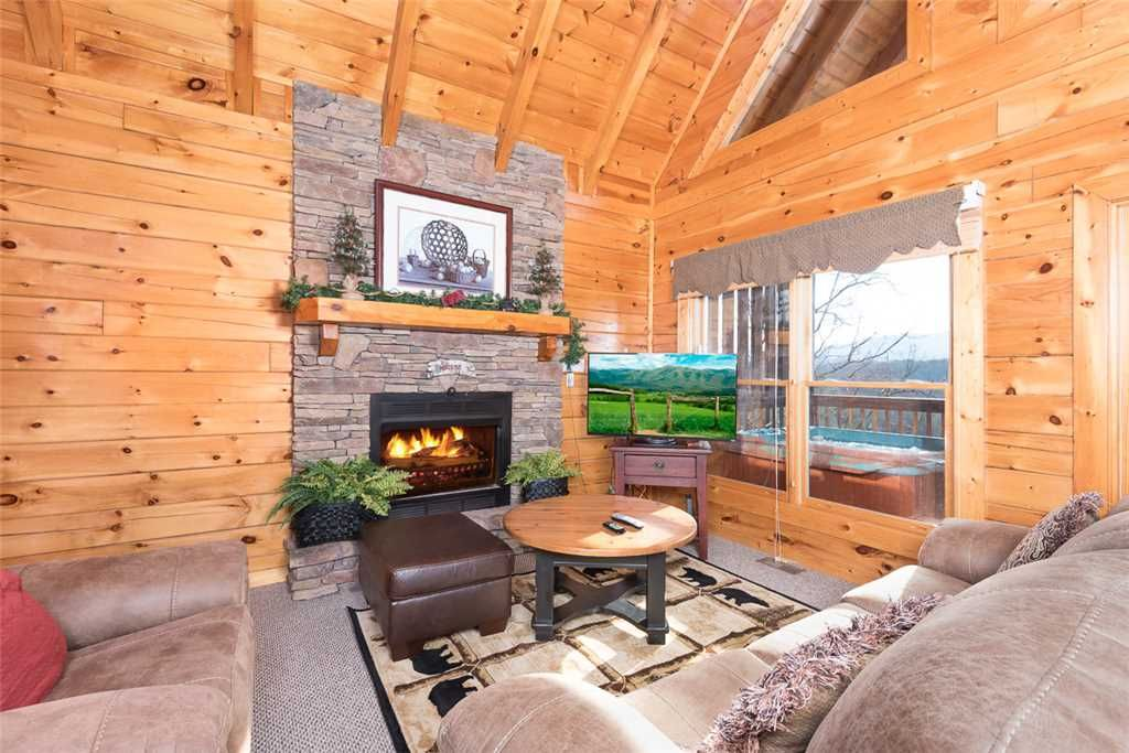 1 Bedroom Luxury Pigeon Forge Cabin Vrbo